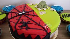gâteau en Pâte à Sucre thème Spiderman et Hulk