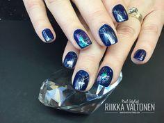 Dark blue, handpainted Nail art, gel nails #nails #nailart #stockholm #handpaintednailart