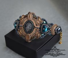 VK is the largest European social network with more than 100 million active users. Soutache Bracelet, Soutache Jewelry, Beaded Jewelry, Shibori, Handmade Bracelets, Handmade Jewelry, Beading Projects, Jewelry Crafts, Turquoise Bracelet