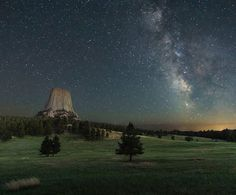 "RV Gems 🚍 💎 on Instagram: ""Love this shot of #devilstower #wyoming by @simplistic_freedom! #rvlife #rvgems #homeiswhereyouparkit #rvliving #wanderlust #camp #fulltimerv #camping #travel #outdoors #nature #travelusa #wandering #campvibes #nomad #gorving #gypsy"""