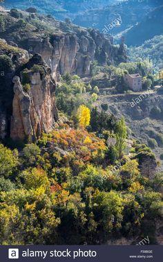 La Hoz del Huecar en otoño en las afueras de Cuenca, Castilla-La Mancha, centro de España Foto de archivo