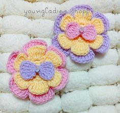 youngladieshome: Flower Crochet & Bow