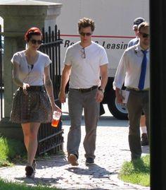 Matthew McConaughey was on campus on filming scenes for the film The Sea of Trees. Matthew Mcconaughey, Panama Hat, Trees, Actors, Sea, Film, Fashion, Movie, Moda