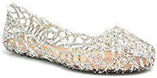 25+ Comfortable Wedding Flats for Brides | Deer Pearl Flowers