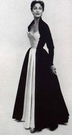 1952 Nina Ricci