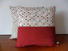Housse de coussin Atout coeur et pois en lin beige naturel et coton bordeaux : Textiles et tapis par michka-feemainpassionnement
