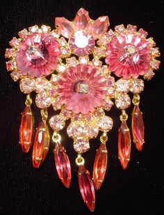 Vintage Juliana Pink Margarita Rhinestone Dangle Brooch Pin and Earrings Book  e-bay (only-human - seller)