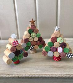 Wine cork christmas trees by Twochicksandnana on Etsy