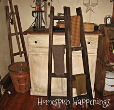 Apple Ladders Made From Pallets  ************************************************   Homespun Happenings - #upcycled #repurposed #pallet #apple #ladder #DIY - tå√