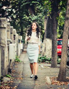 Maria la #ascultacumine pe www.alexdamian.ro Skirts, Fashion, Moda, Fashion Styles, Skirt, Fashion Illustrations, Gowns, Skirt Outfits