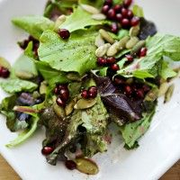 Mixed Greens with Pomegranate Lemon Dressing (meh...prefer more flavour)