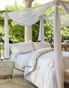 Airy Canopy Bed