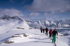 We invite you to one of the best places in the world to come summit skiing! Take a look on some of the popular routes under, but we advise you to contact one of the guiding companies in Lofoten to give you the best and safest experience.