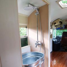 Minimal tub and shower in our latest school bus conversion. School bus conversions are a great alternative to a regular RV. 100% custom to what you want! Let us know when you are ready to start that #skoolielife  ✌️