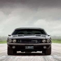 Dodge Challenger | http://my-sport-car-collections.blogspot.com