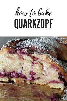 Fluffiger Hefezopf mit Quark-Heidelbeer Füllung