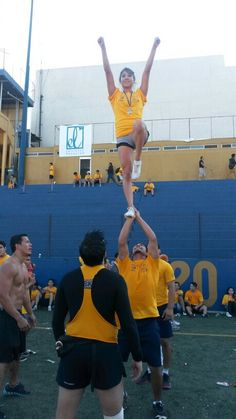 Everytime cheerleader, run 8k uanl,  cheer stunt, tigers