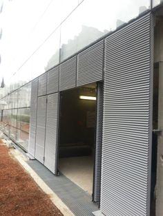 Terminato uno dei più grandi progetti a Parigi con l'Architetto Jean Nouvel. Portoni vetrati e grigliati Moreschi fanno da corredo a questo nuovo centro direzionale.