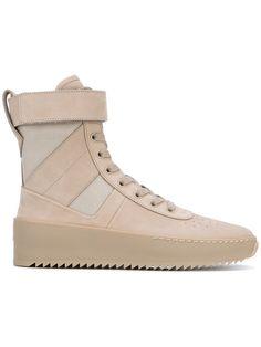 FEAR OF GOD . #fearofgod #shoes #军风短靴