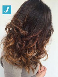 Ci sono sfumature e sfumature...e poi c'è il Degradé Joelle! #cdj #degradejoelle #tagliopuntearia #degradé #igers #musthave #hair #hairstyle #haircolour #longhair #ootd #hairfashion #madeinitaly