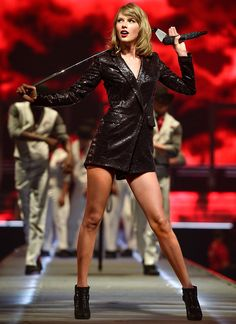 It's not just the songs and surprise guests that fans have watched for during Taylor Swift's 1989 world tour—there are also her fantastic outfit changes.