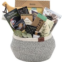 New home gift baskets Gift Baskets Canada, Gourmet Gift Baskets, Gourmet Gifts, Gourmet Recipes, Corporate Gift Baskets, Corporate Gifts, Welcome Home Gifts, New Home Gifts, Chocolate Chip Shortbread Cookies