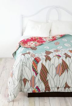 I wish and hope that I can still get this quilt somewhere! Urban Outfitters