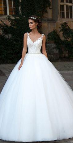 The Most Hottest Milla Nova 2016 Wedding Dresses milla nova 2016 bridal wedding dresses / www. 2016 Wedding Dresses, Bridal Dresses, Wedding Gowns, Dresses Dresses, Ball Dresses, Wedding Venues, Casual Dresses, Weeding Dress, Wedding Bride