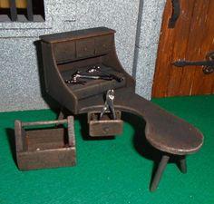 ARTISAN COBBLER S BENCH & TOOLS for shoe maker tudor medieval handmade NEW