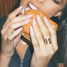 Madison Beer's Nail Polish & Nail Art | Steal Her Style