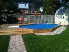Having a pool sounds awesome especially if you are working with the best backyard pool landscaping ideas there is. How you design a proper backyard with a pool matters. My Pool, Swimming Pools Backyard, Above Ground Pool Decks, In Ground Pools, Backyard Pool Landscaping, Landscaping Ideas, Backyard Ideas, Modern Pools, Cool Pools