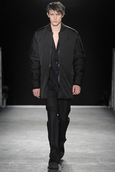 LOOK | 2015-16 FW PARIS MEN'S COLLECTION | WOOYOUNGMI | COLLECTION | WWD JAPAN.COM