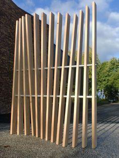 Vertigo - Claustra - Bois massif - H250 x L180 - TRIBUS DES BOIS Ce panneau de séparation Ajouré, en bois massif est de conception et fabrication .. ...