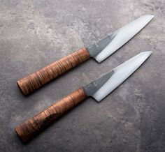 Koa Imperial Petty Chef Knives handmade by Don Carlos Andrade. Japanese Cooking Knives, Japanese Kitchen Knives, Japanese Chef, Cool Knives, Knives And Tools, Knives And Swords, Global Knife Set, Global Knives, Handmade Chef Knife