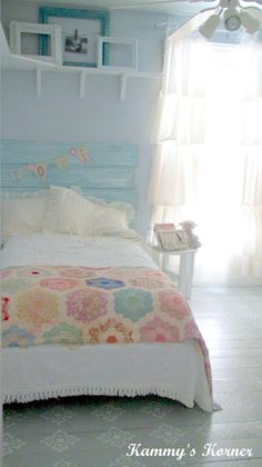 Love the bright tones... Will have a room this color someday!