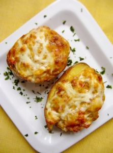 FitnessGuru.sk 20 Min, Vegetable Recipes, Baked Potato, Healthy Recipes, Healthy Food, Potatoes, Eggs, Baking, Vegetables