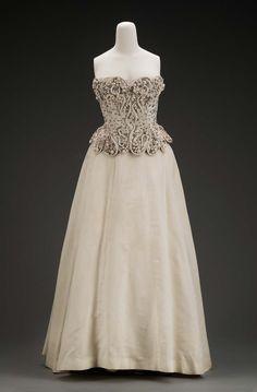 Balenciaga evening dress 1949