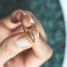 Dear Rae | Fancy Pants Diamond Ring Collection  #DearRae #DearRaeJewellery #DiamondRings #ColourDiamonds #EngagementRings #BaguetteDiamond #WhiteDiamond