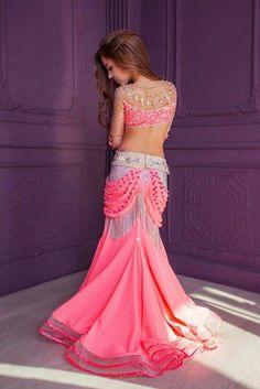 Фотографии Восточная Барахолка Belly Dancer Costumes, Girls Dance Costumes, Belly Dancers, Dance Outfits, Dance Dresses, Dance Fashion, Girl Fashion, Dance Oriental, Gypsy Costume