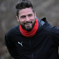 Champion Du Monde Foot, Arsenal Fc, Giroud Arsenal, Football Updates, Latest Sports News, European Football, Sport Football, Football Players, Beautiful Men