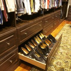 Traditional Closet Master Bedroom Closet Design, Pictures, Remodel, Decor and Ideas - page 14
