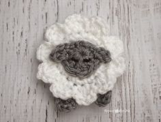 L is for Lamb: Crochet Lamb Applique - Repeat Crafter Me - free pattern
