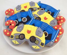 Transformer Cookies - Bumblebee and Optimus Prime Transformer Birthday, Transformer Cake, Rescue Bots Birthday, Transformers Birthday Parties, 7th Birthday, Birthday Ideas, Cupcake Cakes, Cupcakes, Cookie Decorating