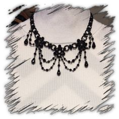 BLACK BEADED VICTORIAN STYLE NECKLACE Beautiful choker style Jewelry Necklaces