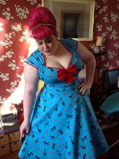 ivorylovelust: I like pretty clothes (fuck yeah FAT pin-up girls) Plus Size Vintage, Vintage Mode, Vintage Pins, Vintage Style, Pretty Outfits, Cute Outfits, Girl Outfits, Pretty Clothes, Vintage Dresses