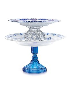 such cute cake stands!