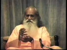"""How Can I Give More Love"" - Q & A with Swami Satchidananda (Integral Yoga)"
