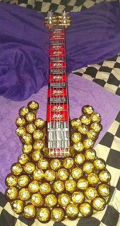 Geschenk - Süßigkeiten-Gitarre für Musiker - - - - - -- Delicious chocolate…