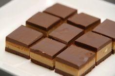 Ovu ukusnu čokoladnu čaroliju vole baš svi, a uz ovaj recept zavoljećete je još više.   Donosimo vam najukusniju bajaderu za koju vam ne t...