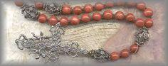 Image from http://www.rosaryworkshop.com/RAFR-2600-a.jpg.